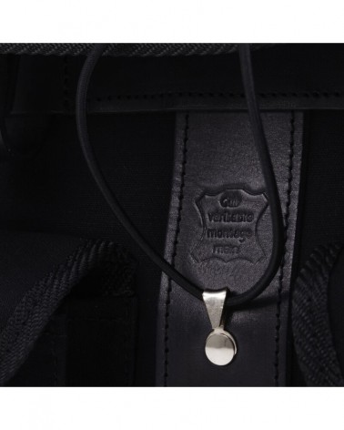 Handlebar bag black on black berthoud